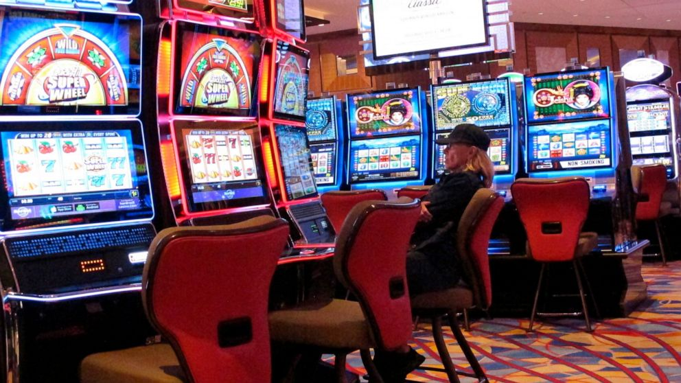 What To Count On From Online Gambling?